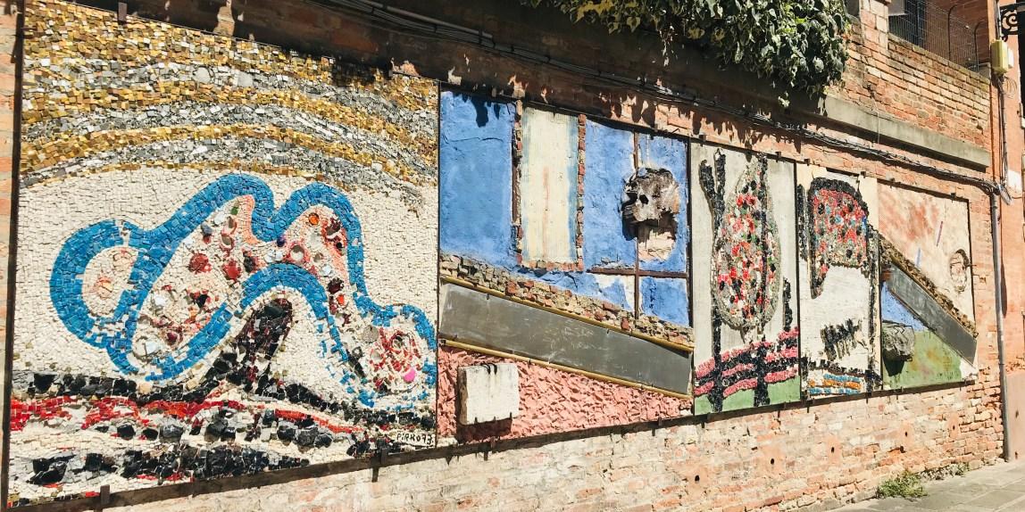 Venezia ospita, nel campiello dei Squelli, en plen air, la grande opera musiva dell'artista e poeta pugliese Marcello Pirro