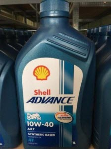 4 Shell Advance AX7 - Rekomendasi Oli Mesin Honda All New CBR 150R