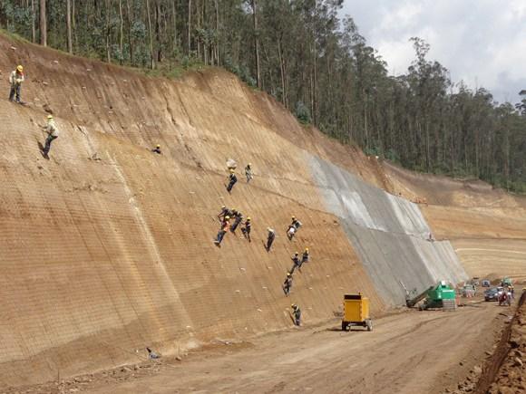 Servicio de Hormigón Lanzado Quito-Guayaquil-Ecuador