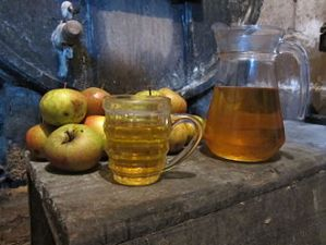 Cider_from_norman_cave