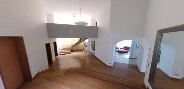 Casa con Piscina límite Casuarinas y Valle Hermoso