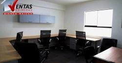 Alquiler de oficina moderna administrativa amoblada