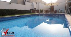 Hermosa casa con piscina en la molina