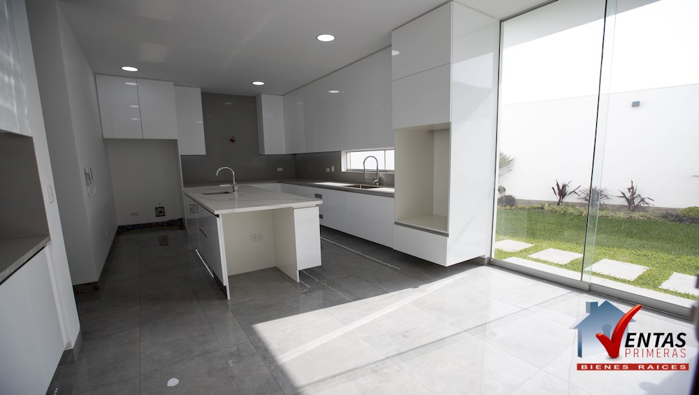 Estreno Casa en Condominio en La Molina