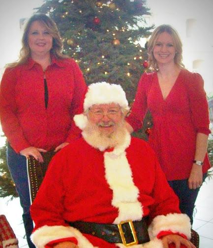 Santa's visit to Raintree and Villa Lago Apartments!