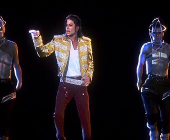 Michael-Jackson-Hologram-BBMAs