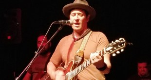 Actor Rob Morrow and his RMB band rocks the Santa Monica Playhouse
