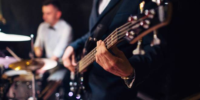 10 SONGS YOU SHOULD NOT ADD TO YOUR WEDDING PLAYLIST