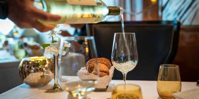How To Choose The Perfect Wine At Any Restaurant