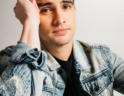 PANIC! AT THE DISCO'S BRENDON URIE RAISES $134K FOR THE HIGHEST HOPES FOUNDATION DURING 24 HOUR CHARITY TWITCH STREAM