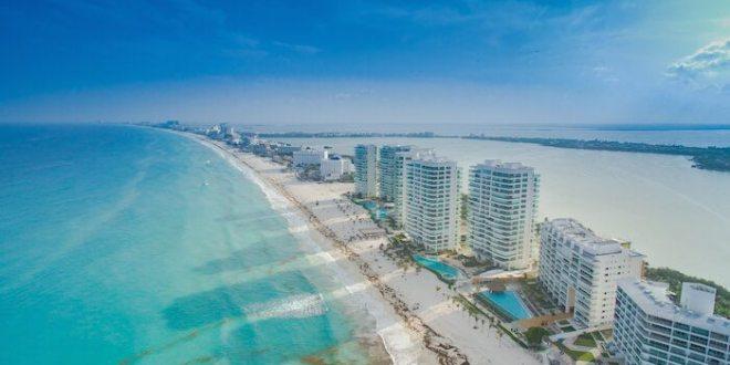 Cancun or Playa del Carmen