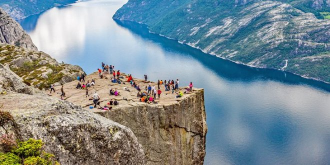 Top Norway Tourist Destinations You Must Check Out