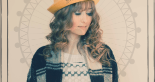 "PREMIERE: Bryony Sier Releases New Single ""Merry Go Round"""