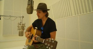 INTERVIEW: Actor/Musician LUKAS HAAS Talks New Single, Directing & More