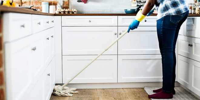 Benefits of Hiring House Cleaning Service Providers