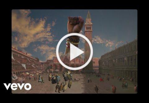 "DEVON GILFILLIAN SHARES ""THE GOOD LIFE"" LYRIC VIDEO"
