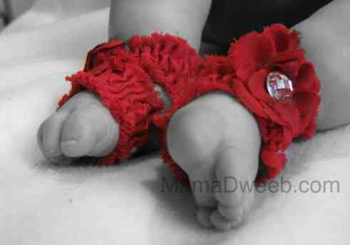 Toe Blooms Baby feet fashion accessory