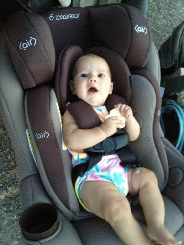 Here Is A 4 Month Old Baby In The Seat With Infant Insert Note This Just To Show Size Car Sitting Outside Of
