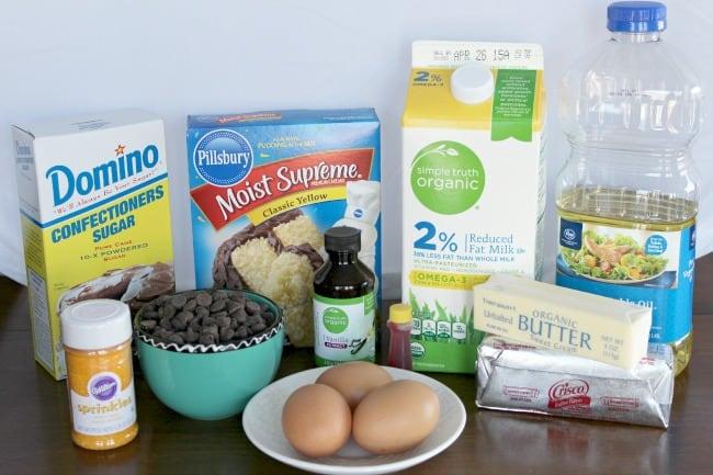 ingredients to make cupcakes
