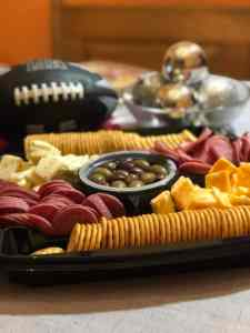 So Convenient – Hormel Gatherings Party Trays! #GamedayGathering