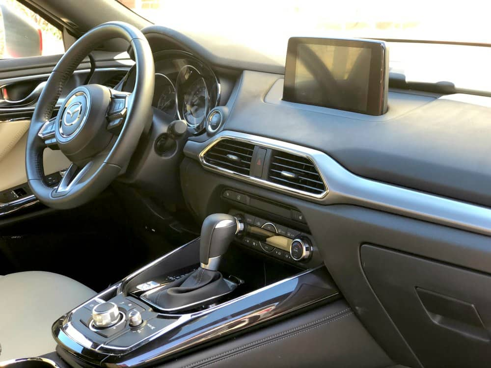 Mazda CX-9 Driver Seat and Infotainment System
