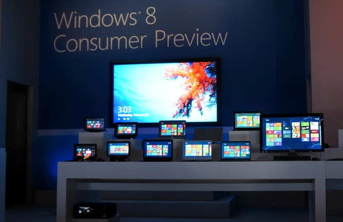 A giant Windows 8 tablet, among a sea of other Windows 8 devices