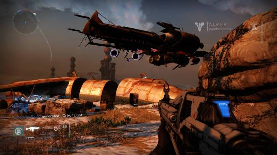 A dropship drops some Fallen during a public event in Destiny's First Look Alpha.