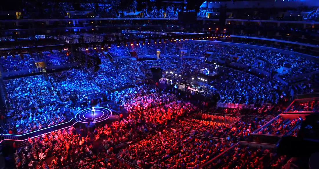 League Of Legends Dota 2 Could Push E Sports To Make At