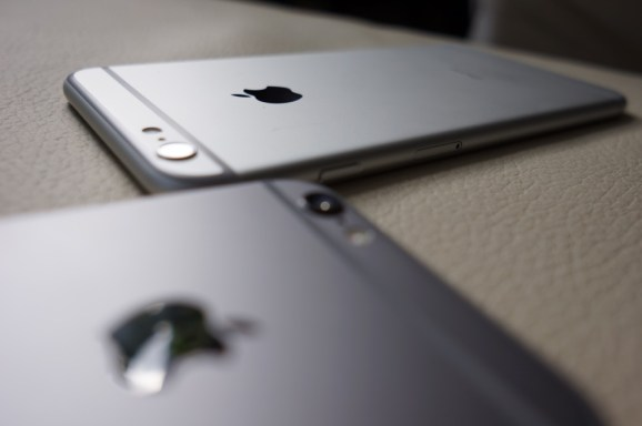 Apple's iPhone 6 and 6 Plus camera lenses