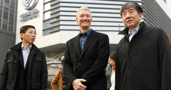 Apple's CEO Tim Cook on a visit to China in 2014. Reuters / China Stringer Network