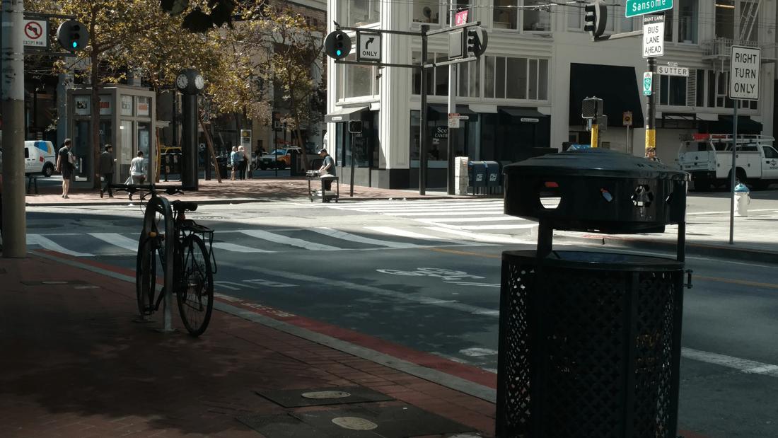 Moto X Pure Edition street