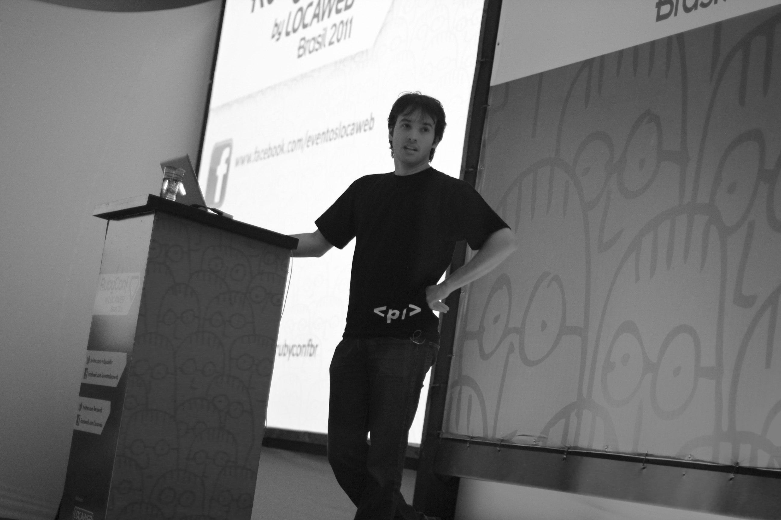 Elixir creator José Valim during a talk in Brazil in 2011.