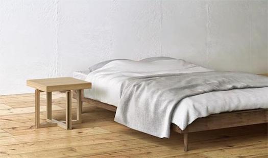 Kamarq bedside table