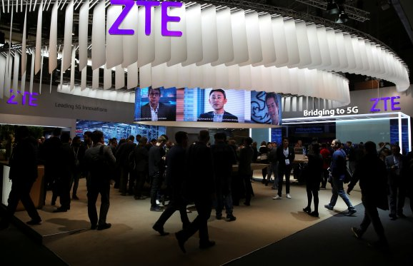 U.S. reaches deal to maintain China's ZTE in enterprise
