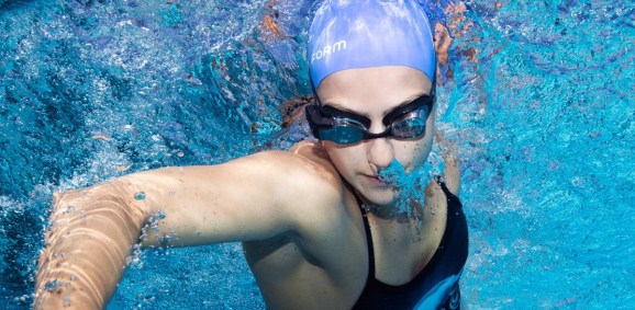 You can take Form AR swim goggles under water.