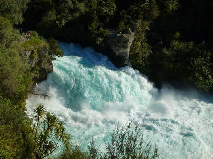 Waterfalls around Taupo: Huka Falls