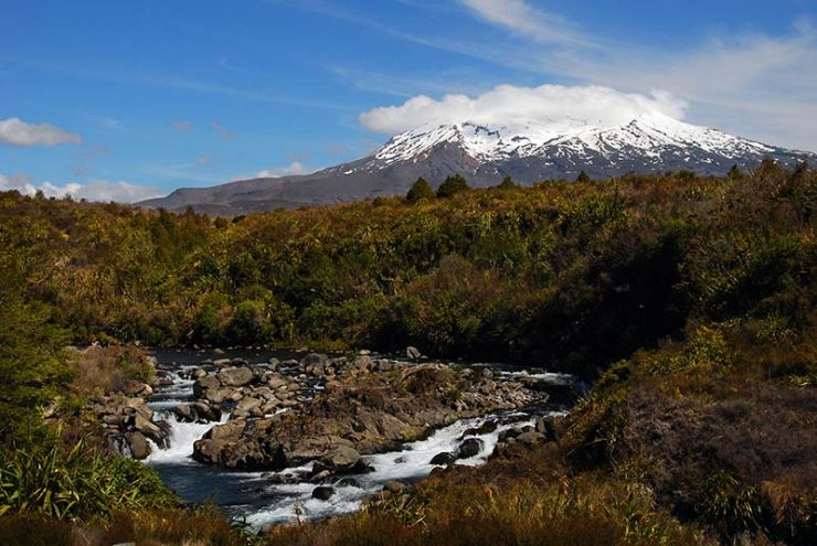 Waterfalls around Tongariro National Park: Mahuia Rapids with Mt Ruapehu