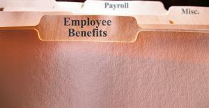horizontal-folders-focus-on-employee-benefits