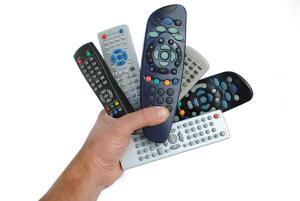 universal-remote-cluster-1000x669