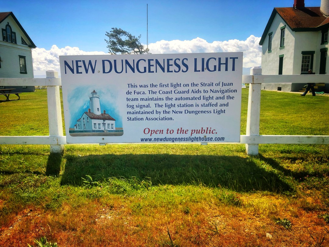 Dungeness Lighthouse Information
