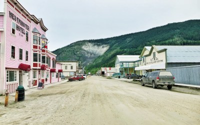 Dawson City Yukon: Gold Panning, Frostbitten Toes & The Midnight Sun