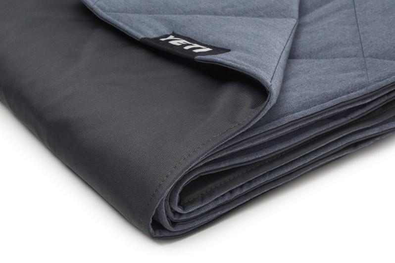 YETI Blanket