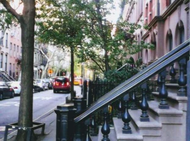 Carrie Bradshaw's house Greenwich Village NYC