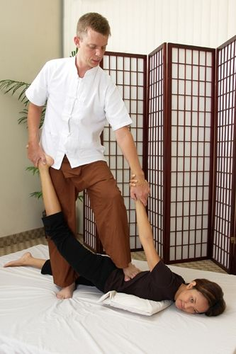 masaj thailandez - jumatate de lacusta