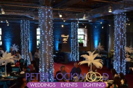 blue-wedding-lighting-in-the-place-hotel-with-white-fairy-light-pillars