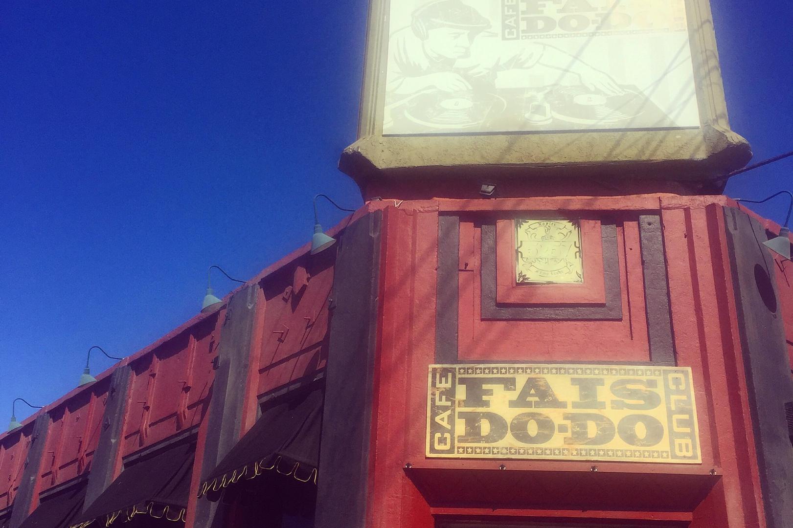 Ca Do Los Angeles Fais Do Club Cafe