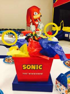Cartoon Theme Birthday Party Table Decoration 4