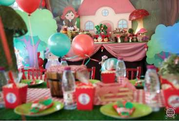 Little Red Riding Hood Decoration 2