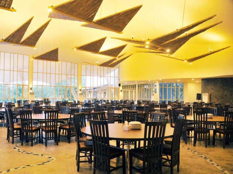 hall-atas-talaga-sampireun-jakarta-wedding-venue