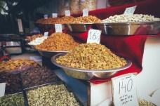 Fruits secs et confits : Noix, raisin sec...